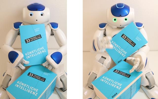 """Roboter Nao und das Buch """"33 Fragen, 33 Antworten: Künstliche Intelligenz"""""""